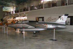 Pesawat temput India yang digunakan semasa Perang Kashmir Kedua. (Wikimedia.org)