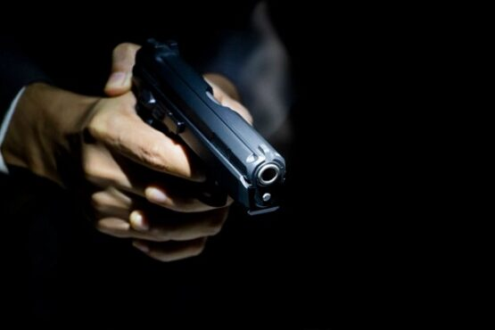 Ilustrasi penembakan. (Freepik)