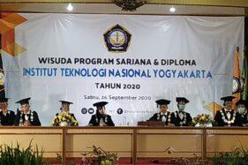 Prosesi wisuda Institut Teknologi Nasional Yogyakarta (ITNY) secara daring dari kampus ITNY, Babarsari Sleman, Sabtu (26/9/2020). (Istimewa)