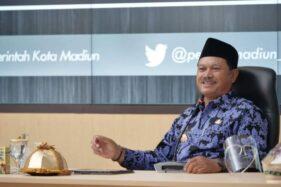 Wali Kota Madiun, Maidi, menjadi pembicara dalam talkshow Peran Milenial di Masa Pandemi Covid-19 dalam Semangat Sumpah Pemuda secara virtual di gedung GCIO Kota Madiun, Jawa Timur, Selasa (20/10/2020). (Istimewa/Pemkot Madiun)