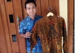 Pemilik usaha batik Naufakencana, Sragen, Joko Waloyo. (Istimewa)