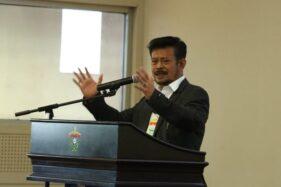 Menteri Pertanian Syahrul Yasin Limpo menyampaikan orasi ilmiah dalam puncak perayaan Dies Natalis ke-60 Fakultas Teknik Universitas Hasanuddin (Unhas). (Istimewa)