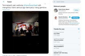 Tangkapan layar wali kota Semarang non-aktif yang juga calon petahan wali kota Semarang pada Pilkada 2020, Hendrar Prihadi, bernyanyi tanpa mengenakan masker pada sebuah acara kampanye. (Instagram @FaisalBasari)