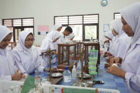 Jalin Kerja Sama dengan 3 Perusahaan, SMK PGRI Pedan Kini Berlabel Keahlian dan Peracik Herbal