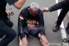 Korban penjambretan saat bersepeda di kawasan Medan Merdeka Barat, Senin (26/10/2020). (ANTARA/instagram @jurnalisupdate)