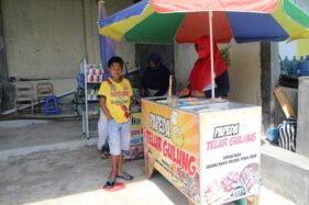 Pedagang kaki lima di Umbul Susuhan, Desa Manjungan, Kecamatan Ngawen kembali membuka usaha mereka setelah ikut libur selama lebih dari tujuh bulan, Jumat (30/10/2020). (Solopos/Taufiq Sidik Prakoso)