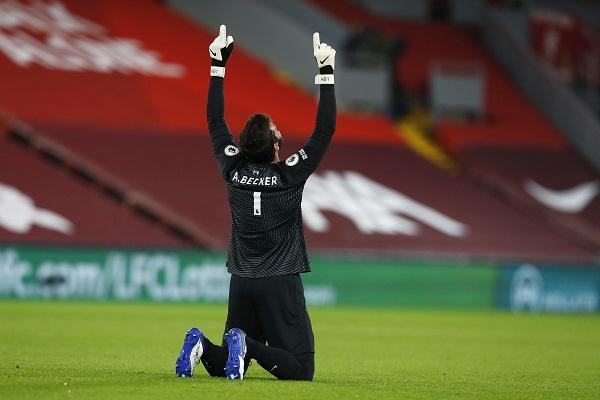 Kiper Liverpool, Alisson Becker. (REUTERS/Jason Cairnduff)