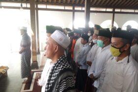 Kabar Duka, Pendiri Ponpes Darussolihin Solo KH Abdullah Asy'ari Meninggal Dunia