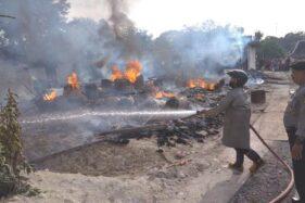 2 Rumah di Mondokan Sragen Ludes Terbakar, 1 Orang Terluka