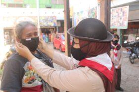 Bantu Cegah Covid 19, Anggota Pramuka Boyolali Bagi-Bagi Ribuan Masker