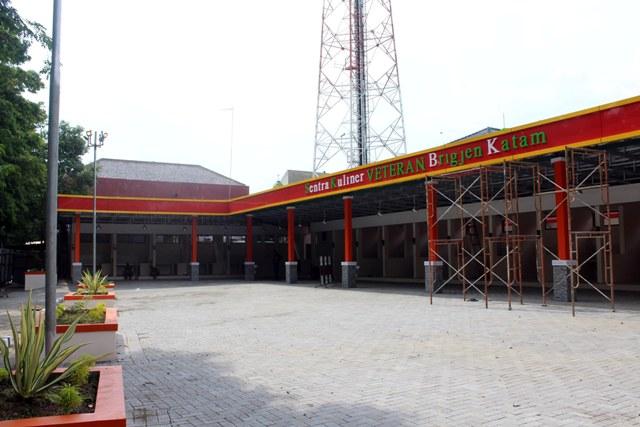 Kondisi Sentra Kuliner Veteran yang masih proses finising di Jl. R.A. Kartini Sragen, Senin (26/10/2020). (Solopos-Tri Rahayu)
