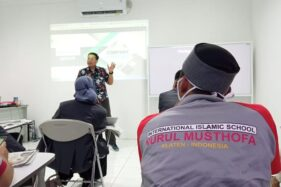 SMA Islam Nurul Musthofa mengikuti pelatihan broadcasting bersama Solopos (Solopos/Nugroho Meidinata).