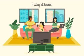 Ilustrasi staycation di rumah bersama keluarga. (Freepik)