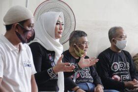 Bantu Kampanye Gibran, Si Cantik Diah Warih Bagikan Wifi Gratis di 5 Kecamatan Kota Solo