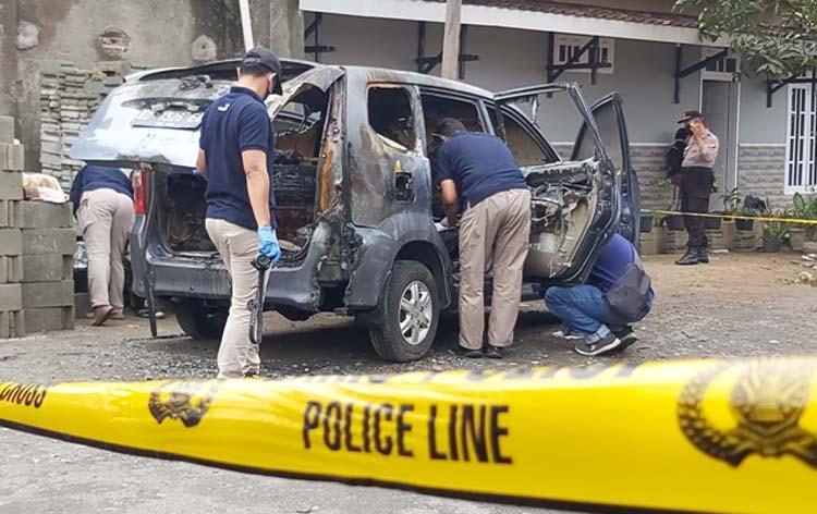 Terkuak, Jasad Wanita Mengenaskan di Mobil Dibunuh dan Sengaja Dibakar