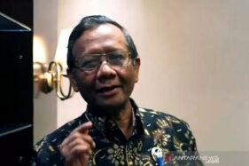 Menko Polhukam Mahfud MD saat memberikan keterangan terkait rencana kepulangan Habib Rizieq Shihab, di Kantor Kemenko Polhukam, Jakarta, Kamis (5/10/2020). (Antara-Humas Kemenko Polhukam)
