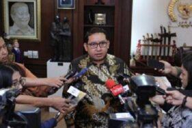 Fadli Zon Sarankan Jokowi Kibarkan Bendera Putih