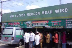 Kisah Mbah Tumiyem Pemilik Warung Bothok Mercon Legend di Sragen