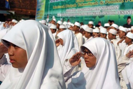 Ilustrasi siswa atau santriwati madrasah. (Antara-Ujang Zaelani)
