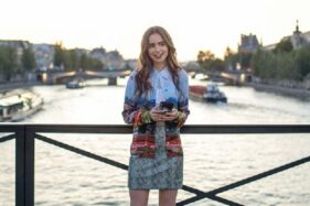 Banjir Kritik, Emily in Paris Lanjut Musim Dua di Netflix