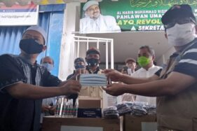 Satgas Covid-19 Bantu Masker untuk Acara Habib Rizieq