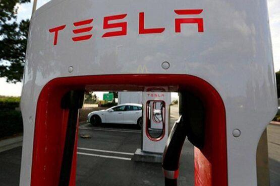 Stasiun Tesla Supercharger di Cabazon, California, Amerika Serikat. (Bisnis-Reuters-Sam Mircovich)