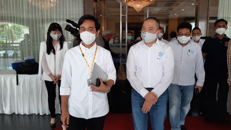 Ikuti Presiden Jokowi, Cawali Solo Gibran Siap Jadi Orang Pertama Disuntik Vaksin Covid-19