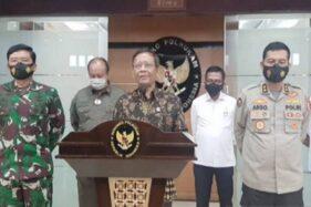 Menko Polhukam Mahfud MD saat memberikan keterangan pers di Kantor Kemenko Polhukam, Jakarta, Senin (30/11/2020). (Antara-Humas Kemenko Polhukam)