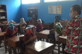 Kegiatan belajar mengajar di kawasan rawan bencana Merapi. (Boyolali.go.id)