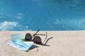 Ilustrasi kolam renang (Freepik).
