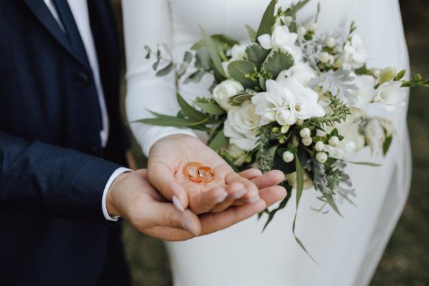 Mimpi menikah disebut memiliki makna tersendiri. (ilustrasi/istimewa)