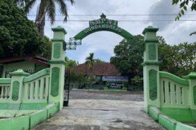 Situasi salah satu sekolah di Gondangrejo, Karanganyar masih dalam situasi lengang lantaran belum diterapkan pembelajaran tatap muka (PTM). Foto diambil Selasa (1/12/2020). (Solopos.com/Candra Mantovani)