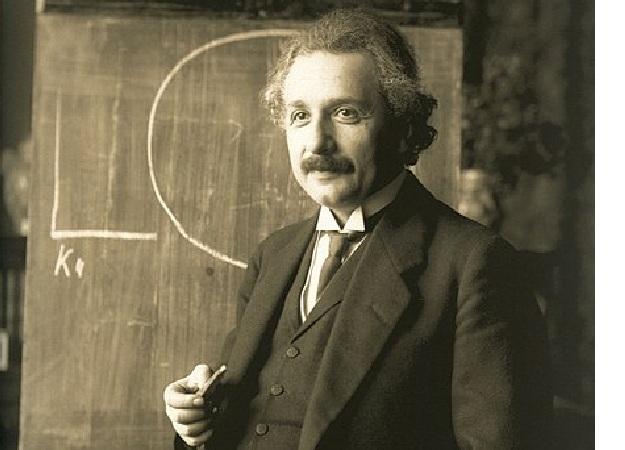 Hari Ini Dalam Sejarah : 2 Desember 1915 Albert Einstein dan Teori Relativitas Umum