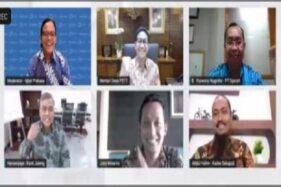 Menteri Desa PDTT, Abdul Halim Iskandar (tengah atas), saat mengikuti acara Webinar Menggali Potensi Permodalan Bumdes, Kamis (3/12/2020). (Semarangpos.com-PT Djarum)