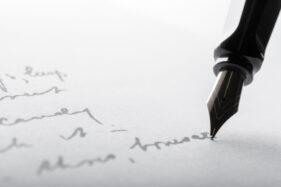 Yuk, Ketahui 6 Kepribadian Orang dari Tulisan Tangan, Kamu yang Mana?