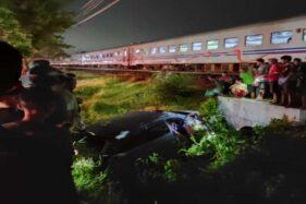 Kebacut Ambyar, Mobil yang Dihantam KA di Gemolong Sragen Ternyata Rentalan