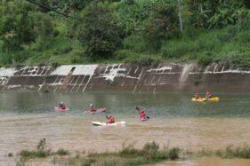 Bahaya! Sungai Bengawan Solo Tercemar Mikroplastik dan Logam Berat, Dari Mana Asalnya?