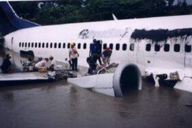 Takbir Pilot Garuda dan Keajaiban Pendaratan di Bengawan Solo, 16 Januari 2002
