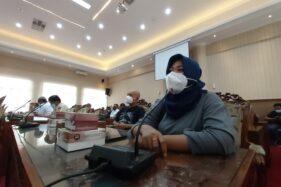 Datangi DPRD Sukoharjo, Perwakilan Pedagang Kuliner Lontarkan Unek-Unek Sampai Nangis