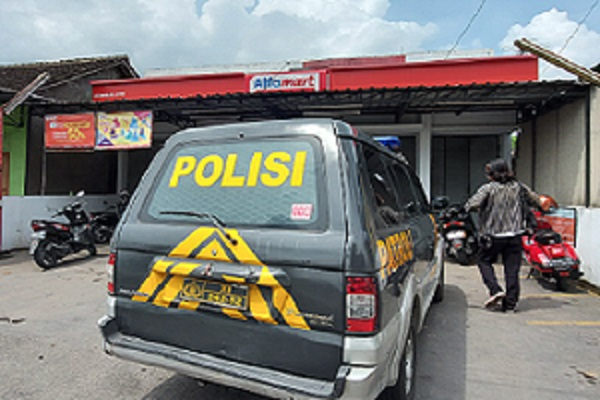 Minimarket Berdarah di Colomadu: Karyawan Jaga Lagi Hamil 7 Bulan, Perutnya Terluka