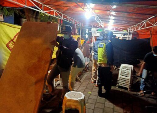 Sejumlah petugas gabungan menggelar operasi penertiban pelaksanaan PPKM di Boyolali, belum lama ini. (Solopos.com-Satpol PP Boyolali)