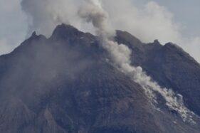 BPPTKG: Merapi Muntahkan Belasan Kali Guguran Lava Pijar