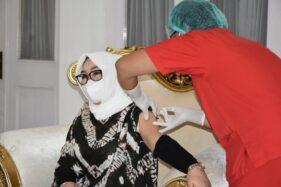 Sempat Batal di Pencanangan, Bupati Grobogan Akhirnya Dapat Vaksinasi