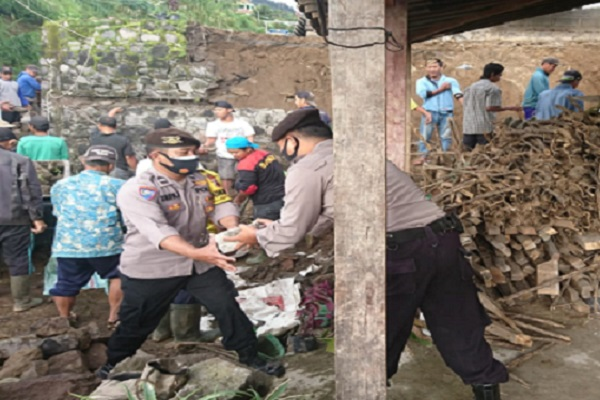 Talut Longsor, 2 Rumah Warga di Cepogo Boyolali Rusak