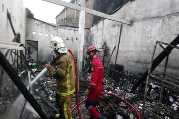Toko Elektronik di Ngawen Klaten Kebakaran, Kerugian Ditaksir hingga Rp300 Juta