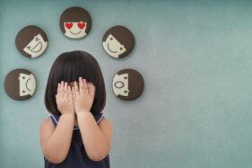 7 Tips Jitu Menghadapi Anak Tantrum