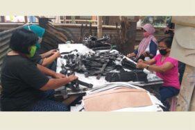 Sempat Mandek Diterpa Pandemi, Usaha Anyaman Kulit di Jogonalan Klaten Bangkit Lagi