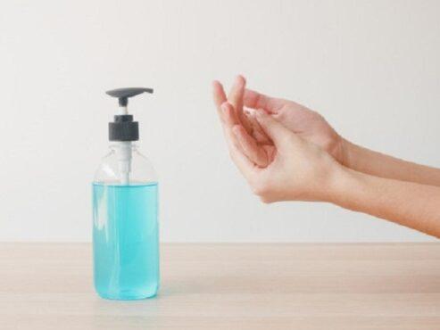 Ilustrasi hand sanitizier. (Freepik)