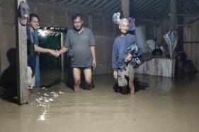 70 Jiwa Terdampak Banjir Luapan Sungai Cemara Karanganyar