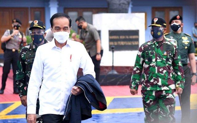 Jokowi Janjikan Bantuan Rp10 Juta hingga Rp50 Juta untuk Korban Gempa Sulbar